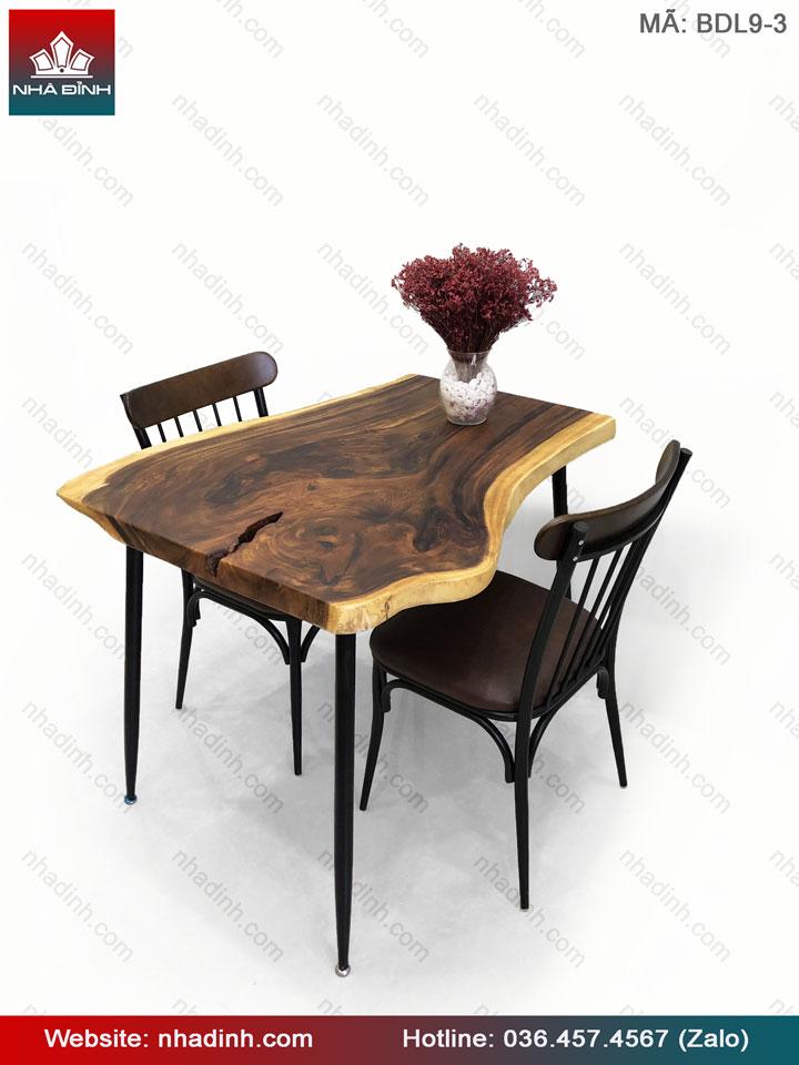 Bàn ghế gỗ Me Tây với giá thành hợp lí