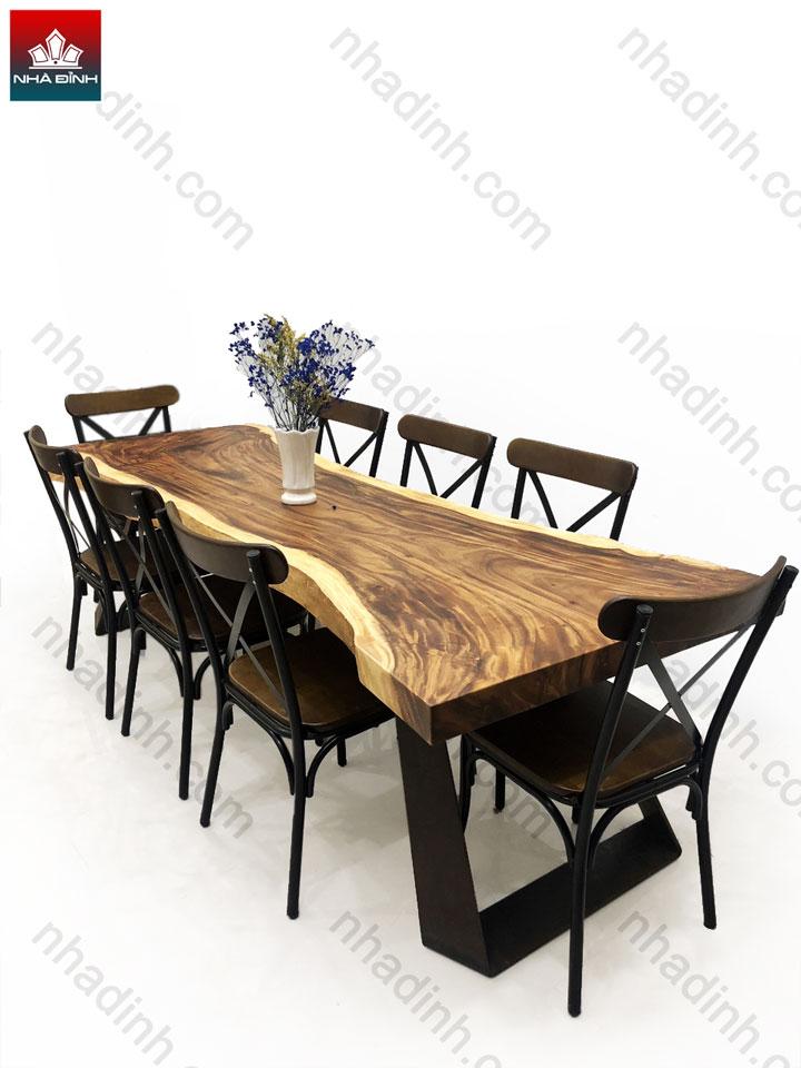 Bộ bàn 8 ghế gỗ Me Tây Nguyên Khối